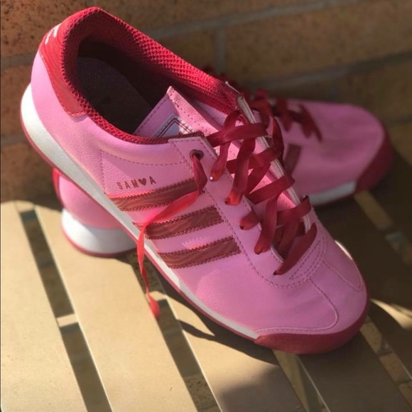 fc6aa8a05c2 adidas Shoes - Adidas Valentine's Day Sam❤️a ~ Women's Size 7